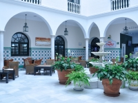 Hotel Senator Cádiz Spa - Patio